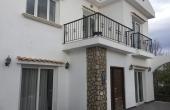Sun-Filled 3 Bedroom Villa